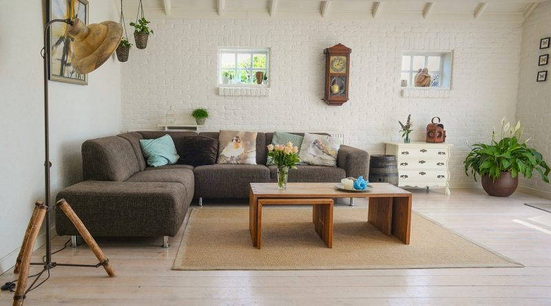 4 Tips For Saving Money On Decorating Your Home